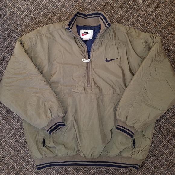 4e40cb4c9c6f RARE Nike Vintage Winter Jacket Big Swoosh Logo Lg.  M 5a9b621dc9fcdf2a8835a098